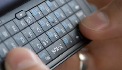 teen-texting-500-2