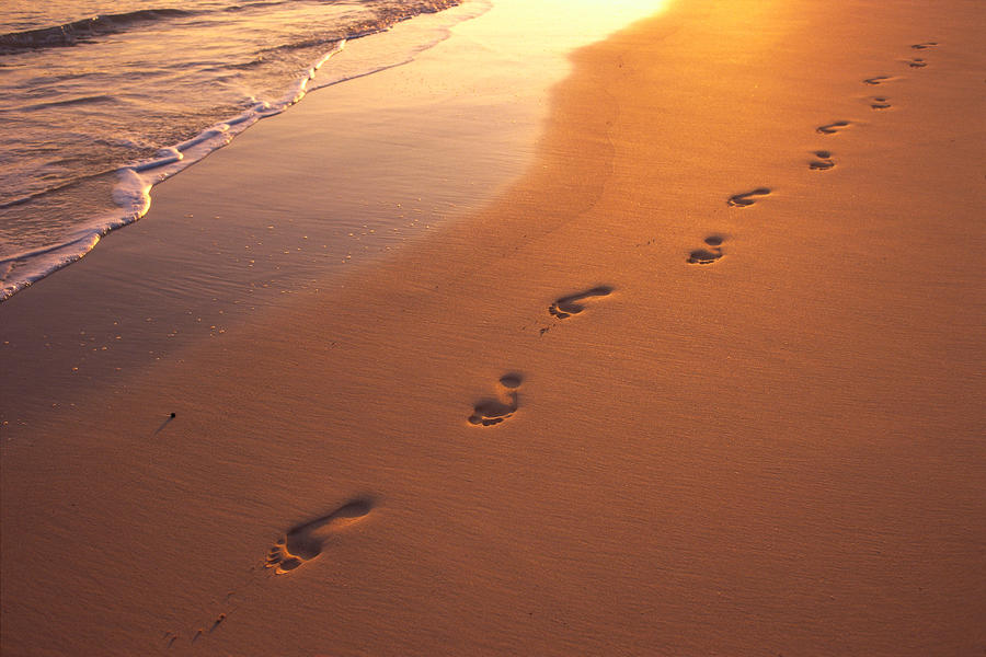 Footprints on My Heart – Lessons From the End of a Marriage
