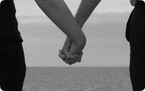 1362175480_2017_holding_hands