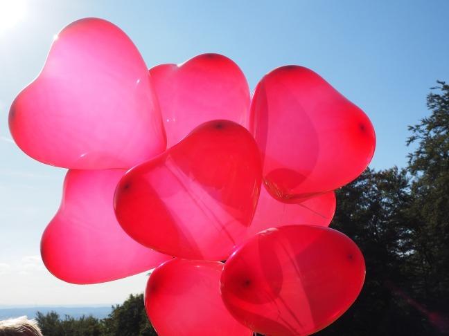 balloons-693704_1280